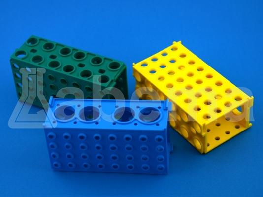 Czterostronny, uniwersalny statyw na probówki 50 ml, 15 ml, 1,5 ml i 0,5 ml, PP